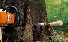 Инструменти за работа в гората