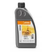 Моторно масло STIHL 10 W-30 1,4 л